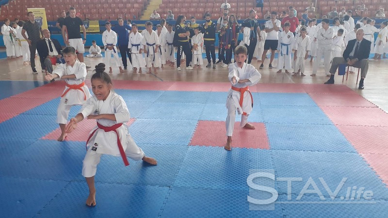 "U Leskovcu počeo 21. Međunarodni karate Turnir ""Ippon cup"""